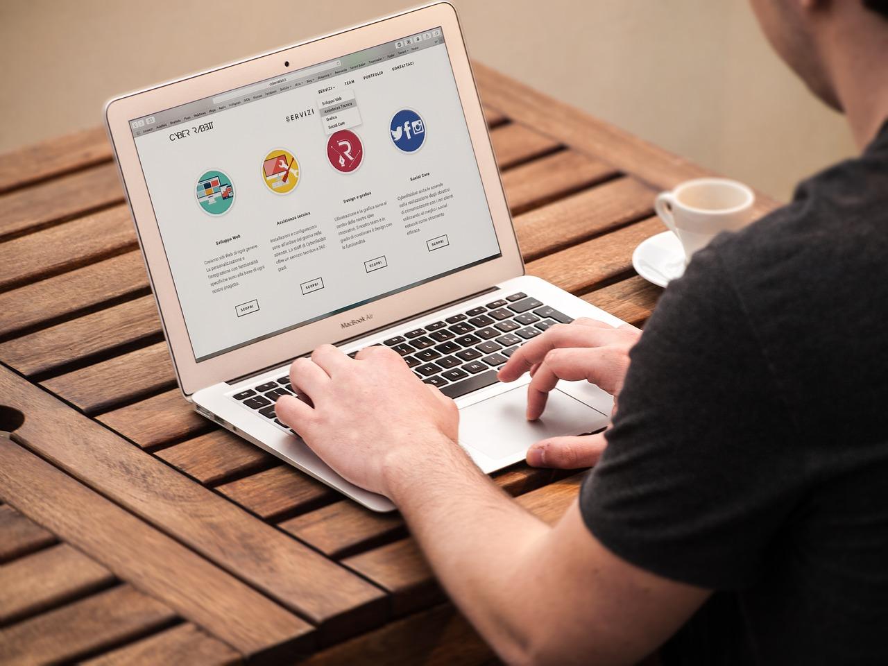graphic design virtual assistant website graphics