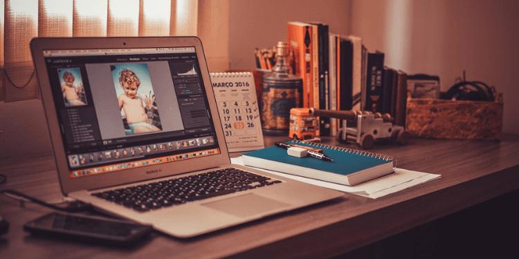 freelance business workstation