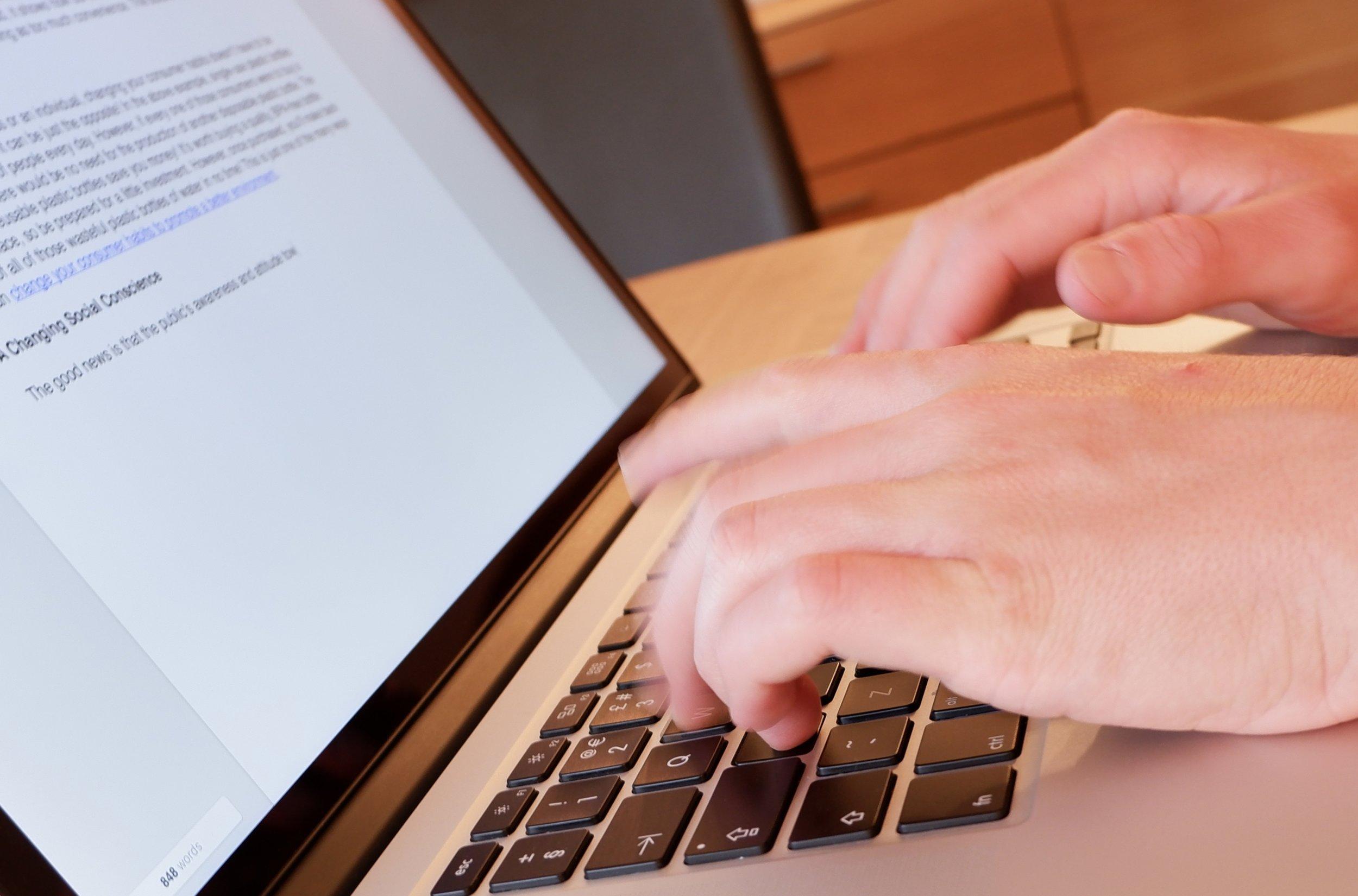 shopify virtual assistants laptop