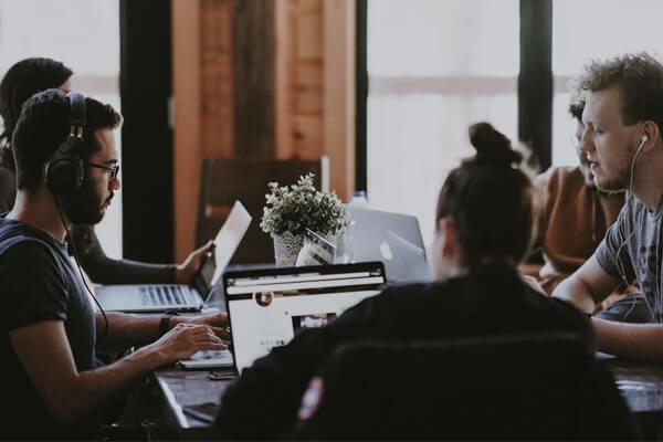 OAS Schwab | Turn Listeners Into Leads