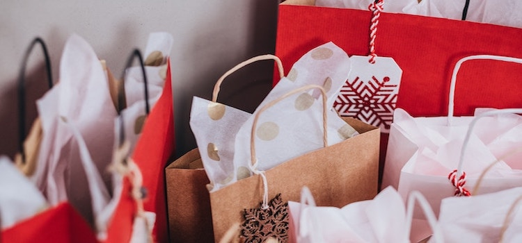 gift wrapping services can be crucial during holiday selling season