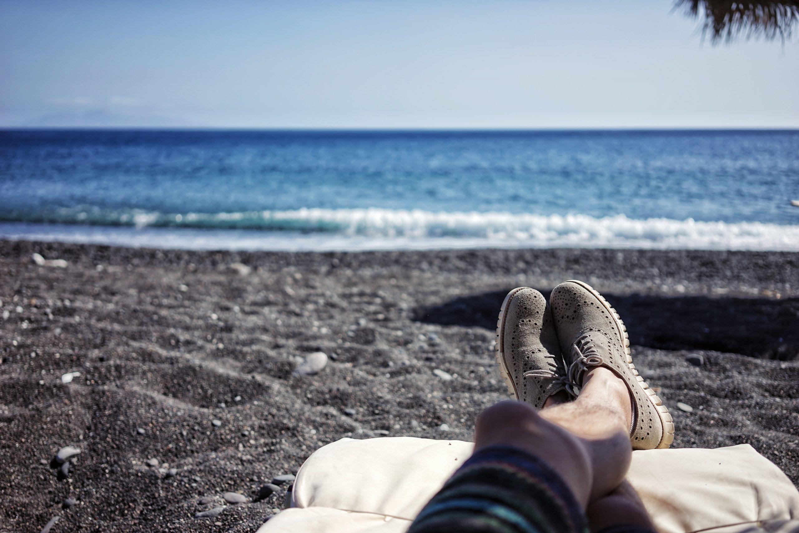 communicate vacation days