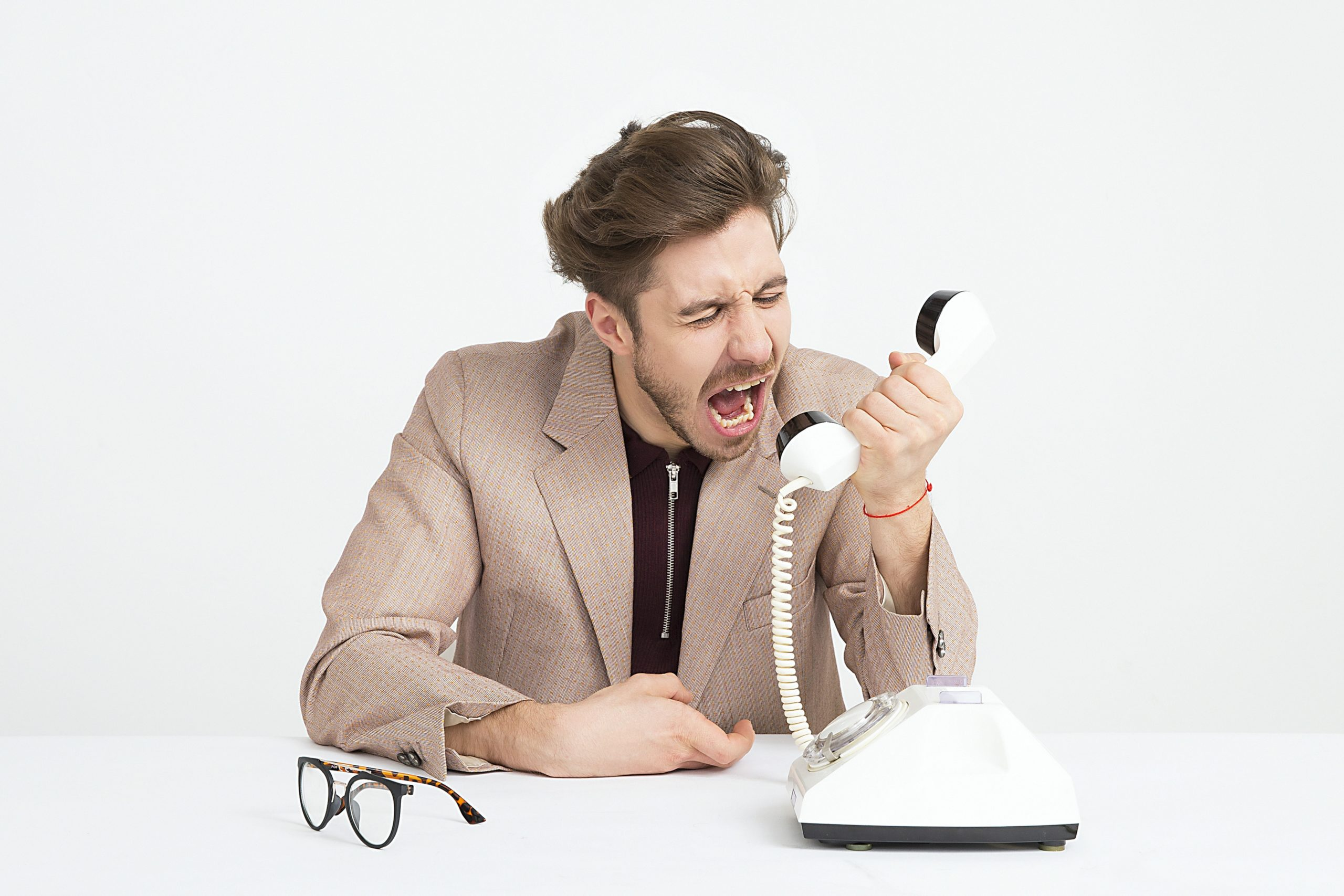 poor customer support is a freelancer mistake